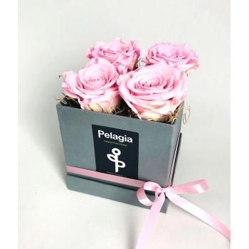 Forever Rose pink in a box 4 pieces