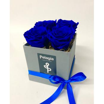 Forever Rose blue in a box 4 pieces