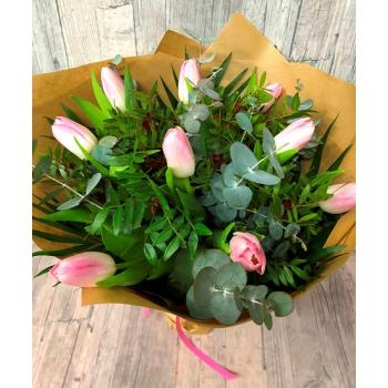 Bouquet  9 pink Tulips