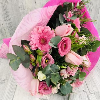 Bouquet pink dark pink